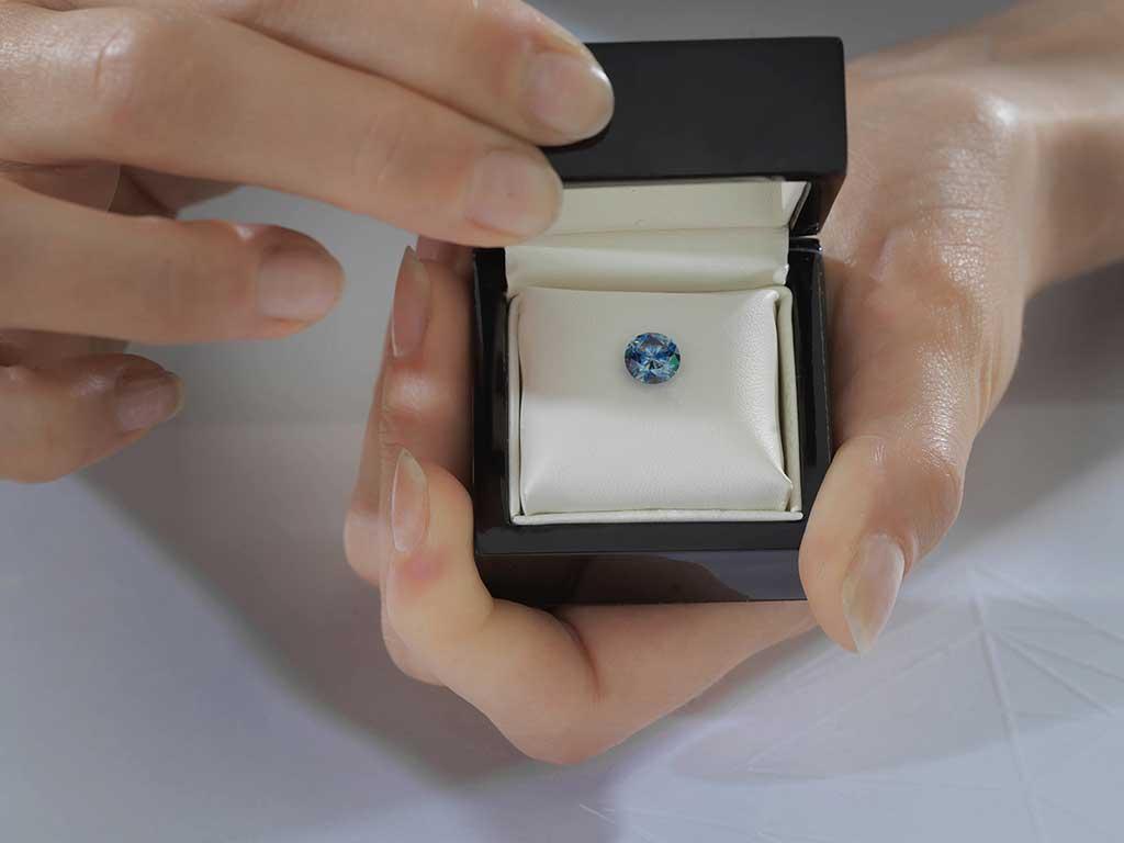 Brilliant Algordanza Switzerland Ash Diamond