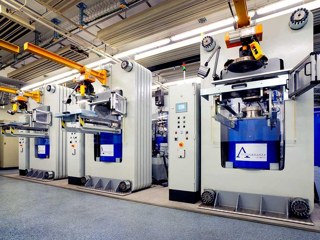 Algordanza Switzerland High Pressure High Temperature Presses