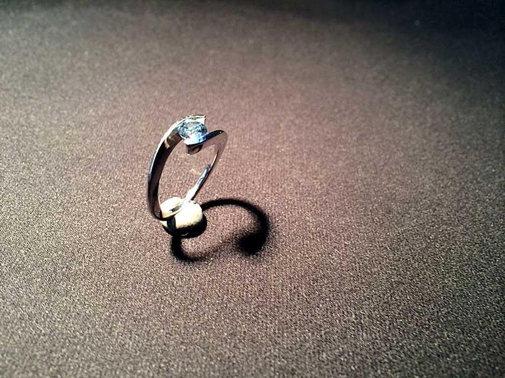 Cremation Diamond Ring Algordanza Switzerland
